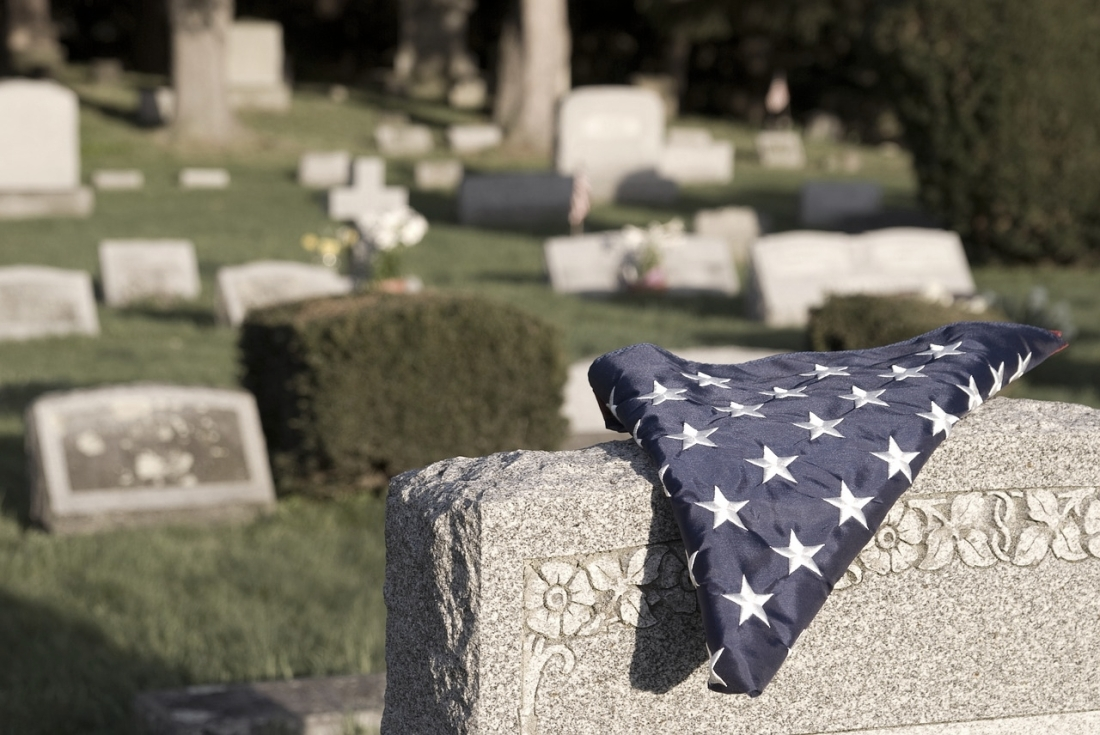 10 Ways to save on funeral expenses.